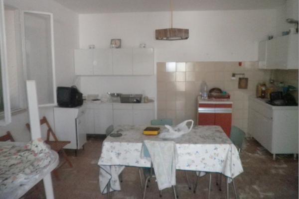 villa-con-trullo-mq-100-04
