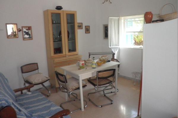 villa-con-trullo-mq-100-05