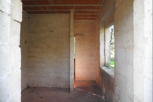 villa-mq-70-allo-stato-rustico-04