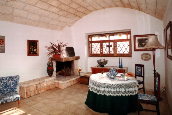trullo-a-cisternino-08