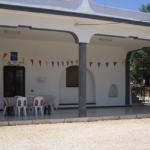 Spaziosa villa con grande giardino e ulivi in vendita vicino a Carovigno