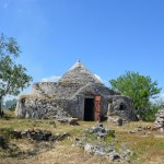 ancient stone trullo for sale near Ostuni