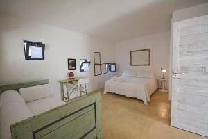 Villa Ulivo guest house double bedroom (1) (1)