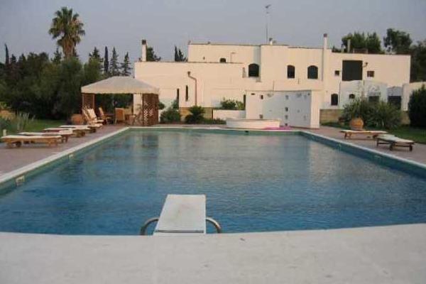 masseria ristrutturata e di lusso con piscina in vendita vicino Lecce
