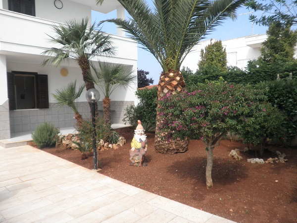 villa à vendre avec deux chambres à Torre de Santa Sabina mer Carovigno